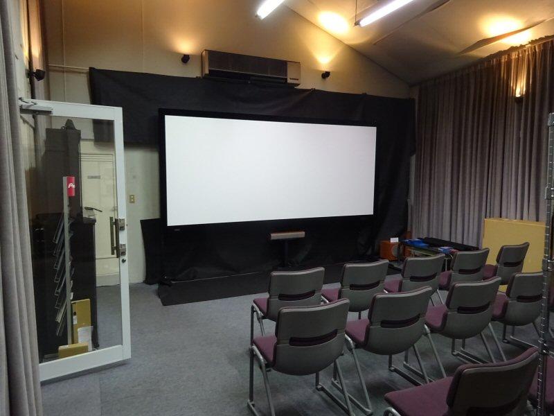 明日はネイティブ4Kプロジェクター視聴会