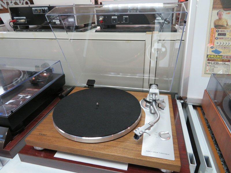 TEACのレコードプレーヤーTN-4D展示しました
